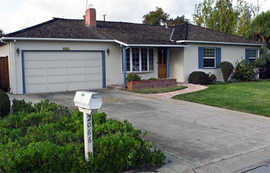 Apple Started In Garage : Google buys the garage where it all began and other
